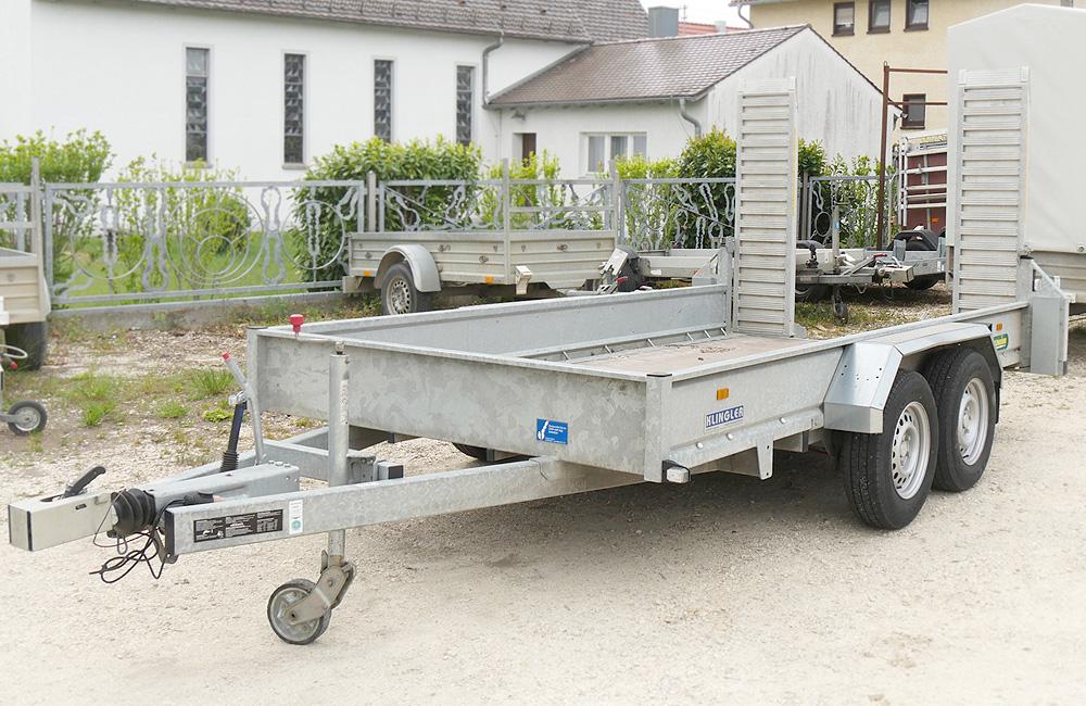 Baumaschinen Transporter leihen